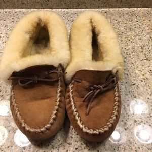 LL Bean Wicked Good Slippers 9